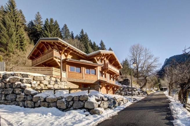 Example Chalet