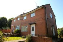 2 bed semi detached home to rent in Staneway...