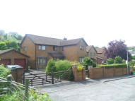 4 bedroom Detached property for sale in Heol Coflorna, Treharris...