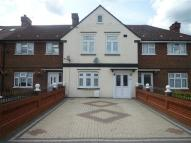 4 bedroom Terraced house in Fencepiece Road, Ilford