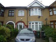 Salisbury Hall Gardens Terraced house to rent
