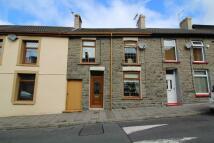 4 bed Terraced house in Caroline Street...