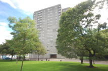 Flat for sale in West Court, Dalmuir...