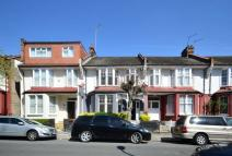 Maisonette for sale in Lingwood Road, Clapton...