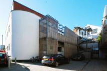 2 bed Flat in Gillett Place, Dalston...