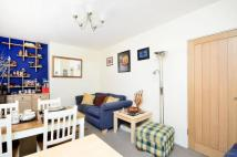 Flat in Mayville Estate, Mildmay...