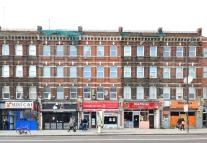 Studio flat in Stoke Newington Road...