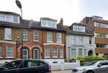 5 bed house in East Bank, Stamford Hill...