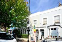 2 bed property in Sydner Road, Shacklewell...