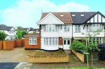 Flat for sale in Woodberry Avenue, Harrow...