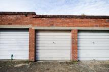 Garage in Wilton Place, Harrow, HA1 to rent