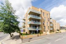 Flat for sale in Corbins Lane...