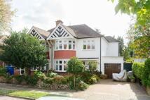 5 bedroom property to rent in Briar Road, Kenton, HA3
