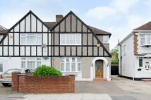 3 bedroom home in Locket Road, Wealdstone...