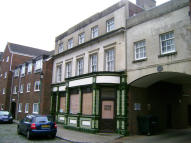 property to rent in Crown House, North Street, Gosport, PO12 1DJ