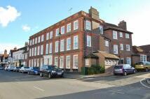 Flat to rent in Elmodsham House...