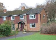 4 bed semi detached house to rent in Vache Lane...