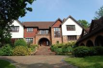 6 bedroom Detached property in Camp Road...