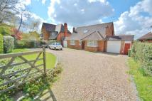 3 bed Detached house in Rowley Lane, Wexham, SL3