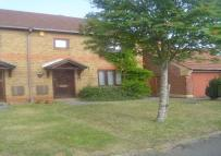 2 bed house in Firstbrook Close...