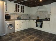 2 bedroom house in Upper Kincraig Street...