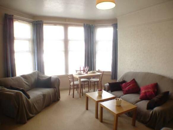 lounge - angle 2