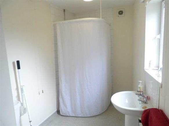 WET ROOM (to the sid