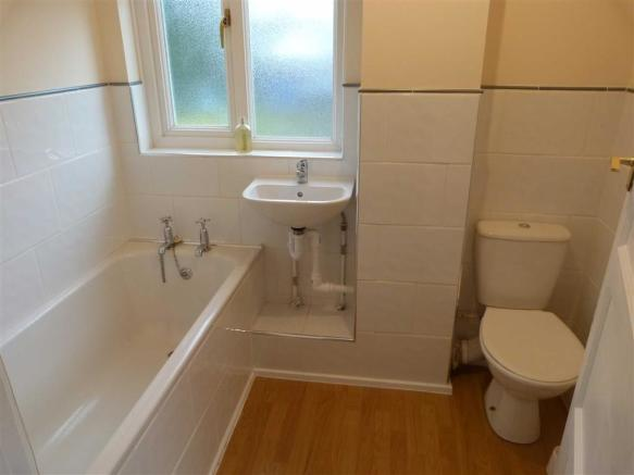 BATHROOM/WC (to the