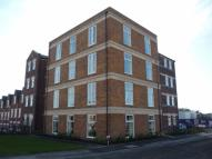 Flat to rent in Grey Meadow Road...