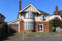 5 bedroom Detached home for sale in Fleetwood Avenue...