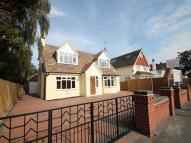 5 bed Detached home in Connaught Avenue...