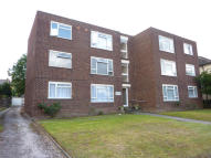 Flat in Granville Road, Sidcup...