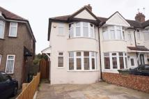 2 bedroom End of Terrace property in Lyndon Avenue, Sidcup