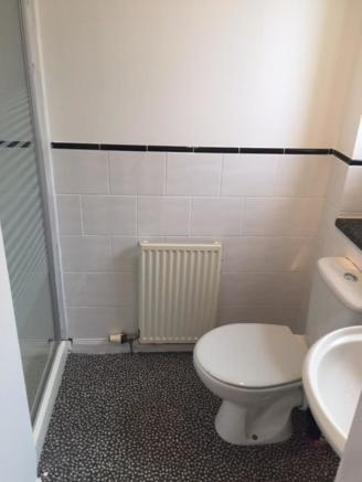 En-suite Shower R...
