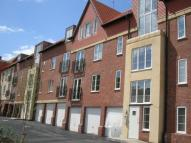 2 bed Apartment in Shelley House...