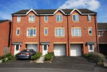 4 bed Town House to rent in Stoke On Trent