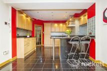 3 bedroom semi detached property to rent in Sandy Lane...