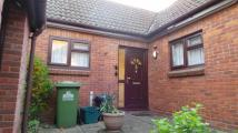 Bungalow in Byron Close...