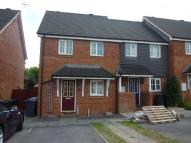 3 bed Terraced property in Woodhouse Gardens...
