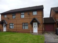 3 bedroom semi detached property to rent in Spinners Croft...