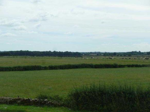 Views over fields to front