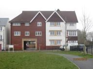 Long Down Avenue Ground Flat to rent
