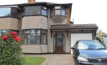 3 bedroom semi detached house in Goldthorne Avenue...