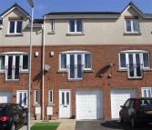 3 bed Town House for sale in Lyndale Close, Leek