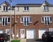 Town House for sale in Lyndale Close, Leek...