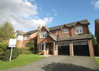 Detached property for sale in Houghton Close, Kingsmead