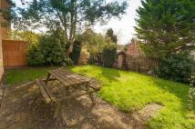 4 bed Detached property in Fitzwilliam Leys...