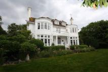 6 bedroom Detached home for sale in Compton Place Road...