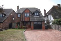 4 bed Detached home in Huggetts Lane...