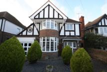 4 bed Detached property in Ashburnham Road...